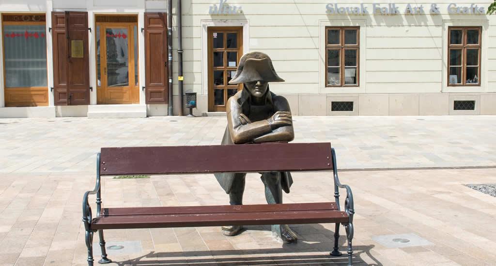 Bezienswaardigheden Bratislava | Bronzen beelden in Bratislava, Slowakije