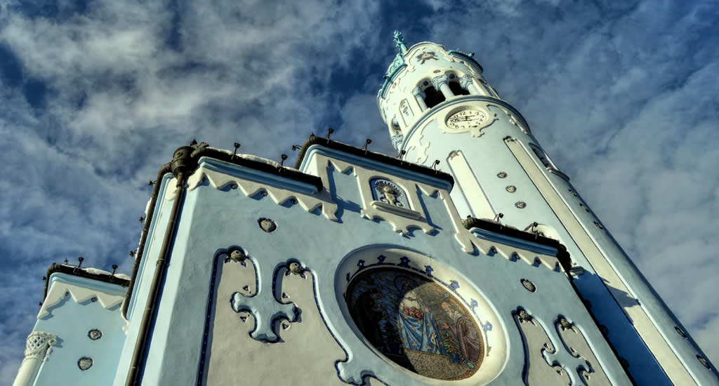 De Blauwe Kerk van Bratislava | Mooistestedentrips.nl