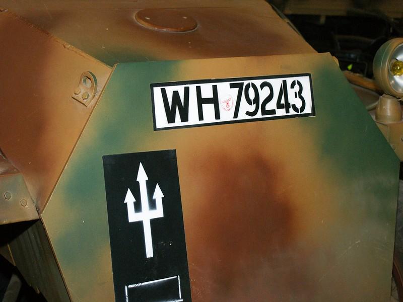 Sd.Kfz.251-6 Ausf.D 1