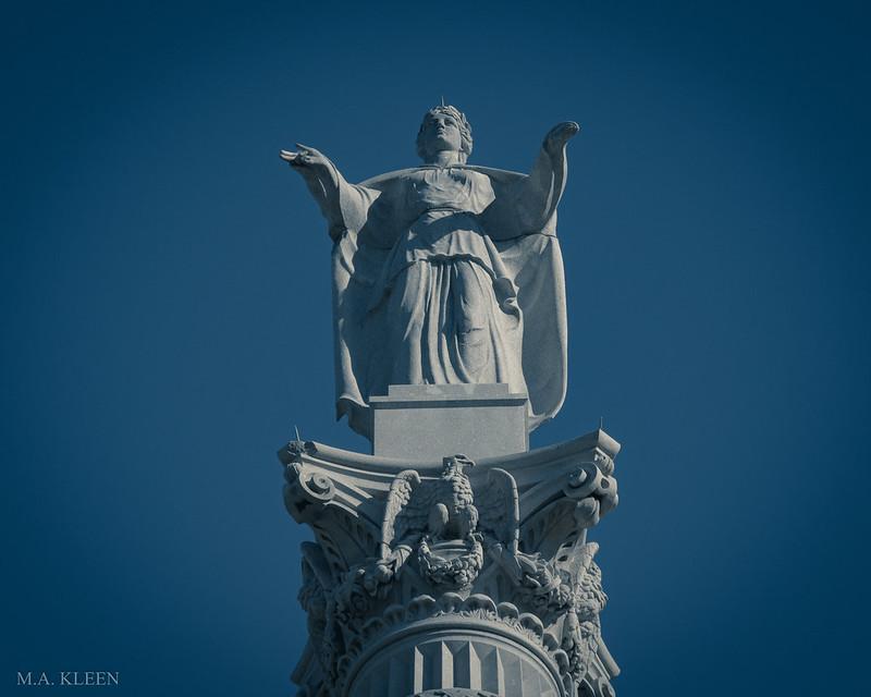 Yorktown Victory Monument Detail