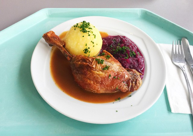 Duck leg with orange sauce, red cabbage & potato dumpling / Entenkeule in Orangensauce mit Blaukraut & Kartoffelknödel