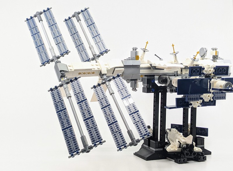 21321 LEGO Ideas International Space Station Review