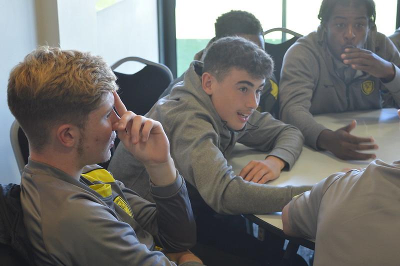 Playing Safely Burton Albion Life Skills (6)