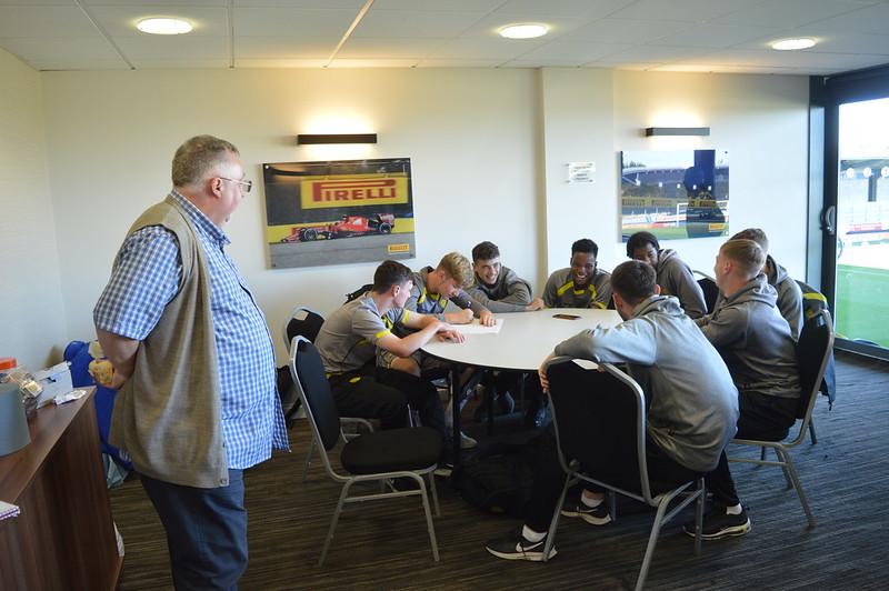 Playing Safely Burton Albion Life Skills (9)