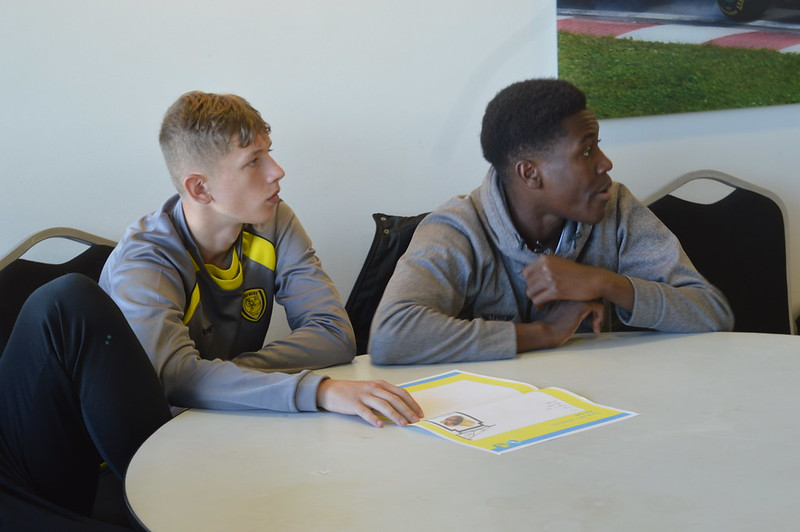 Playing Safely Burton Albion Life Skills (8)