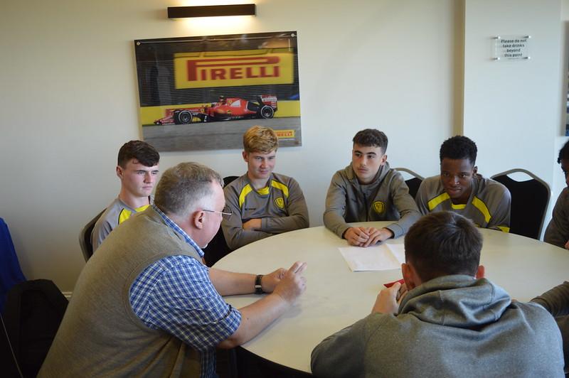 Playing Safely Burton Albion Life Skills (13)