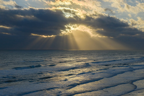 floriday flbeachdaytonaoceanatlantic sunrise clouds waves d7200 nikon