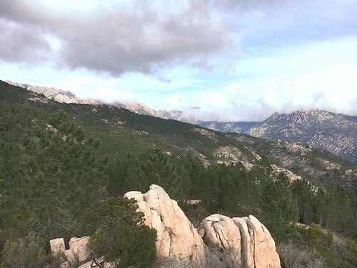 Depuis le chemin de Luviu : le fond de la vallée du Cavu