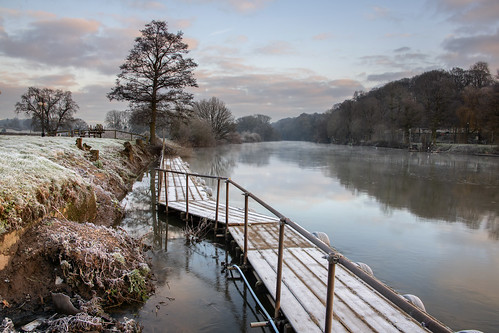 riversevern worcestershire frost sunrise winter frostymorning landscape river ice colour nature