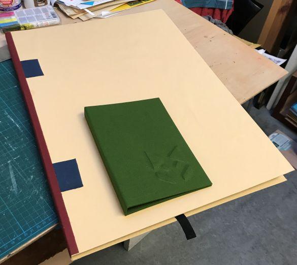 IMG_2380Uithangboek