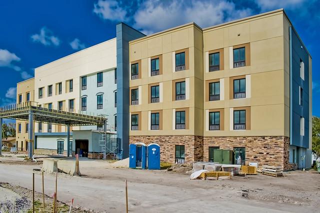 Hampton Inn Clewiston, 305 West Sugarland Highway, Clewiston, Florida, USA / Built: 2020 / Floors: 4
