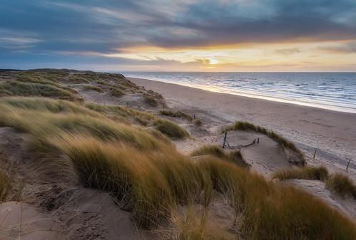 formby beach irish sea sand dunes beachgrass merseyside sunset winter