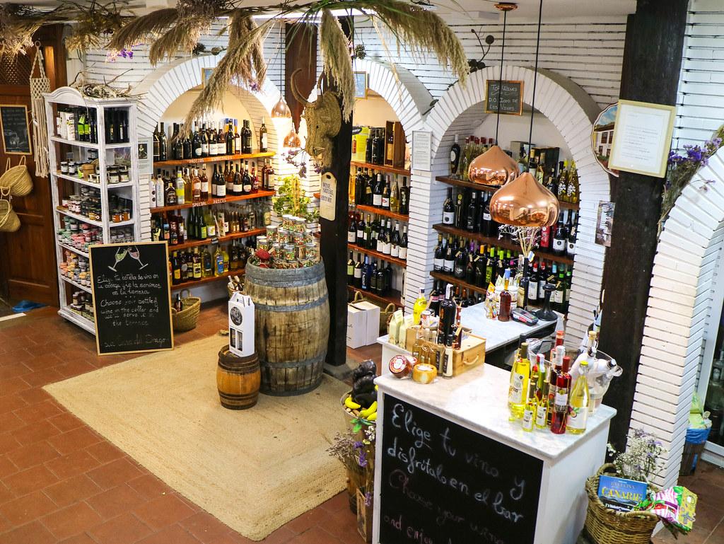 Zona de degustacion en la Casa del Drago en Icod de los Vinos