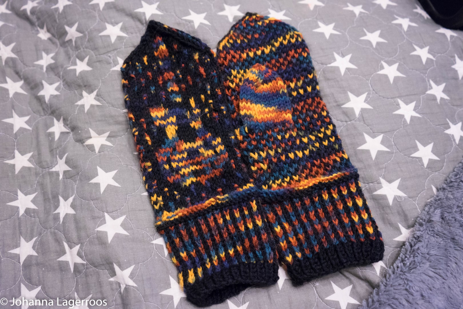 bass guitar mittens