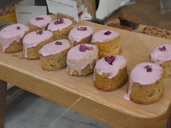 pistachio, lemon and rose  cakes