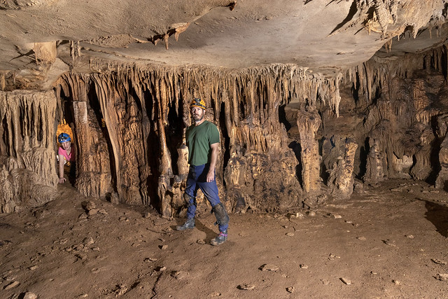Chris Hudson, Julie Hudson, Jewelbox, Inhaling Bat Cave, Van Buren County, Tennessee 2