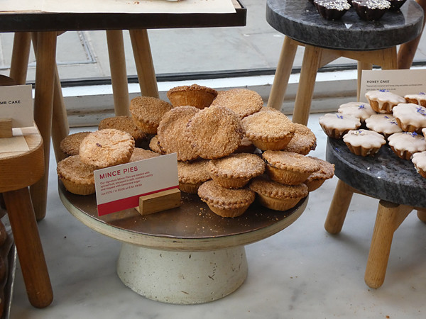 mince pies gail's
