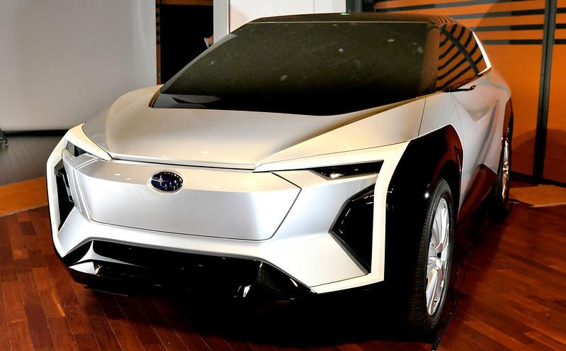 Subaru-Electric-SUV-5
