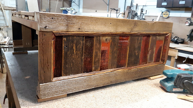 Cash Wrap made of barn wood, heart pine top