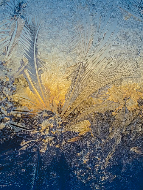 Sunset through the Ice Art