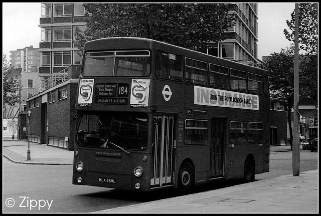 London Transport - DMS588 MLK588L