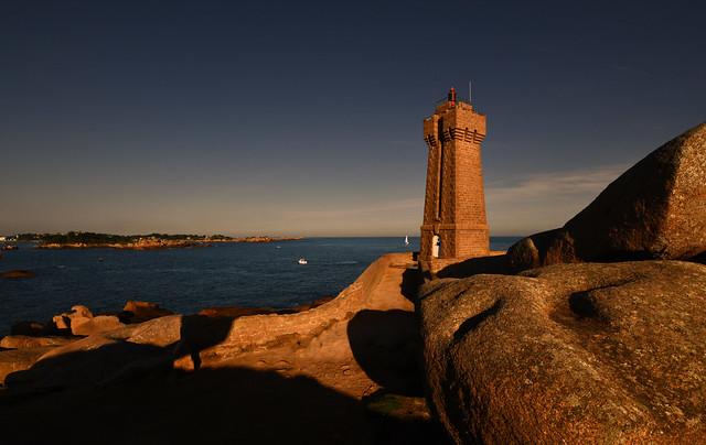 France - Bretagne - Ploumanach - phare de Men Ruz