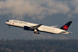 Air Canada C-FVNB