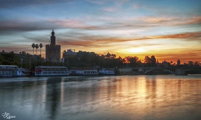 Amanece en Sevilla
