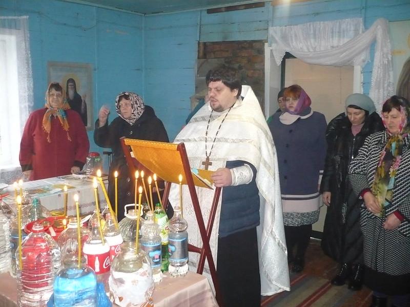 Освящение воды на праздник Богоявления совершили в селах Туркменского района