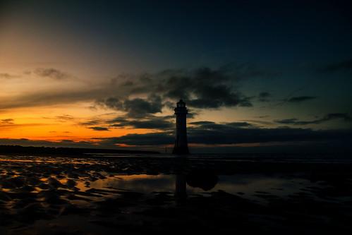 england sky lighthouse clouds europe britain outdoor wintersolstice wirral newbrighton perchrock ©2019tonysherratt sunset 20191221170052