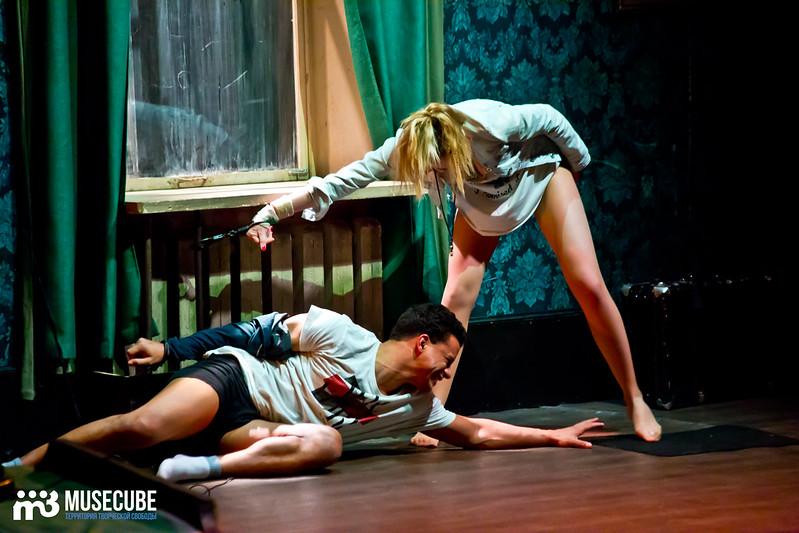 Bezrukij_iz_Spokjena_Teatr_Modern_030