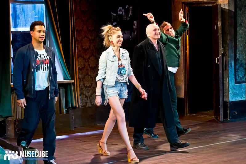 Bezrukij_iz_Spokjena_Teatr_Modern_096