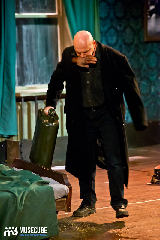 Bezrukij_iz_Spokjena_Teatr_Modern_089