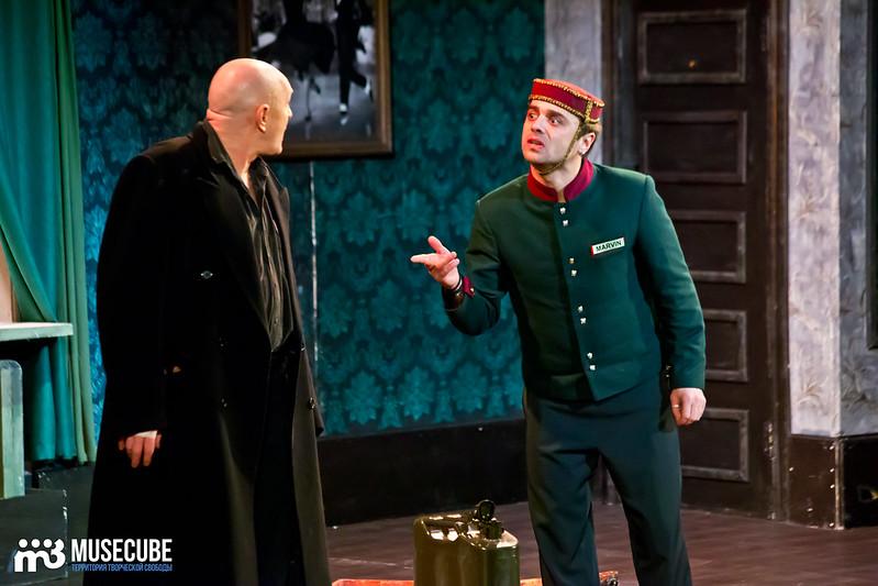 Bezrukij_iz_Spokjena_Teatr_Modern_083