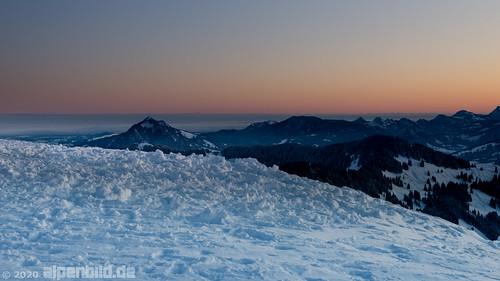 d800 d800e nikond800e nikon allgäu allgäueralpen alpen alpenbildde alpin alpine alps bavaria bayern berg berge daemmerung dämmerung fullframe fx landscape landschaft morgen morgens morning mountain mountains natur nature oberstdorf schnee snow sonnenaufgang sunrise twilight vollformat winter 全画幅数码单反相机 冬季 大自然 尼康 山 山区 巴伐利亚 日出 景观 阿尔卑斯山 雪 雾 黄昏