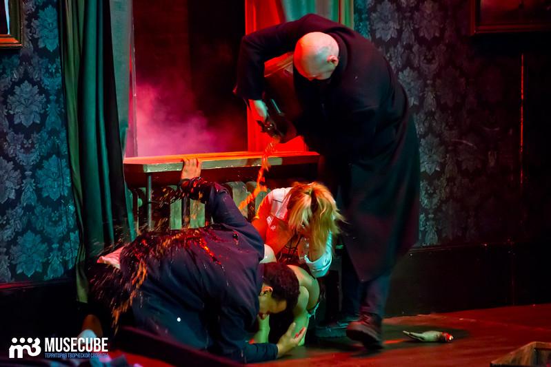 Bezrukij_iz_Spokjena_Teatr_Modern_069