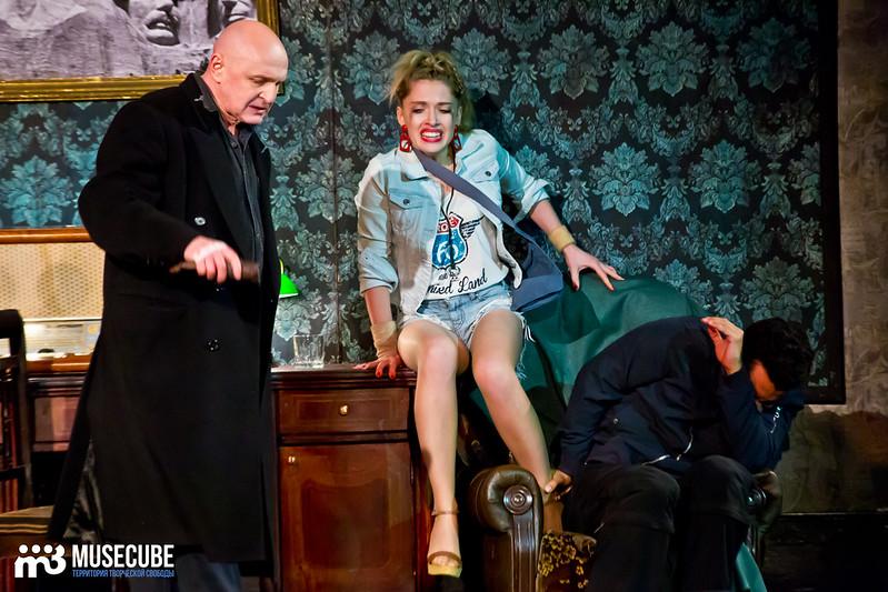 Bezrukij_iz_Spokjena_Teatr_Modern_017