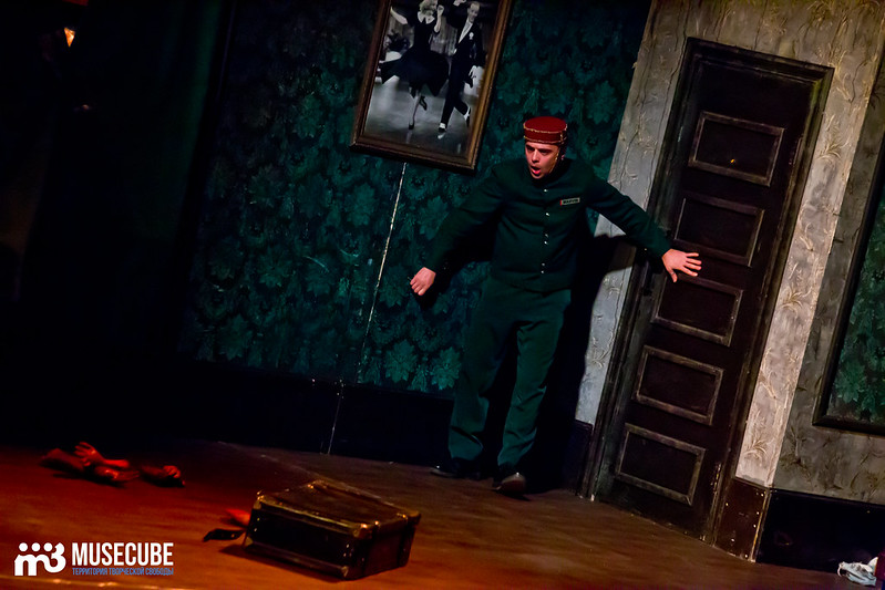 Bezrukij_iz_Spokjena_Teatr_Modern_037