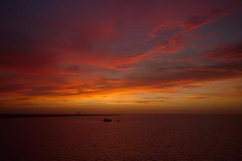 sunrise titusville clouds maxbrewermemorialparkway canonefm22mmf20stm rawtherapee vab
