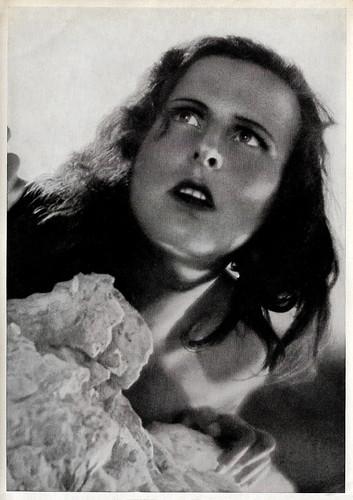 Leni Riefenstahl in Das blaue Licht (1932)