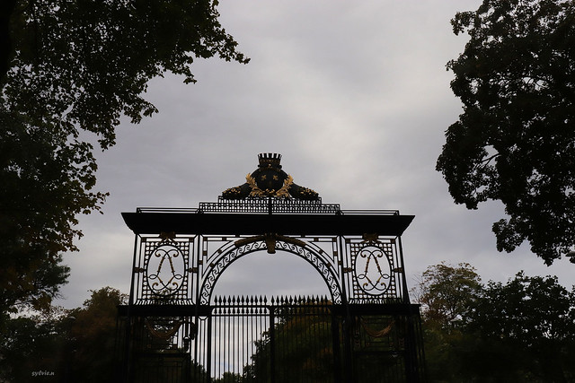 Reims , Paris Gate