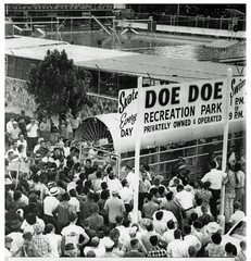 Protest amusement park that barred black soldiers: 1966