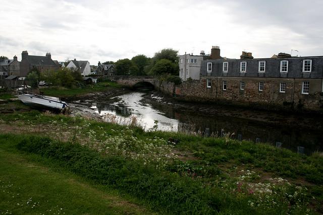 Kinnessburn, St Andrews