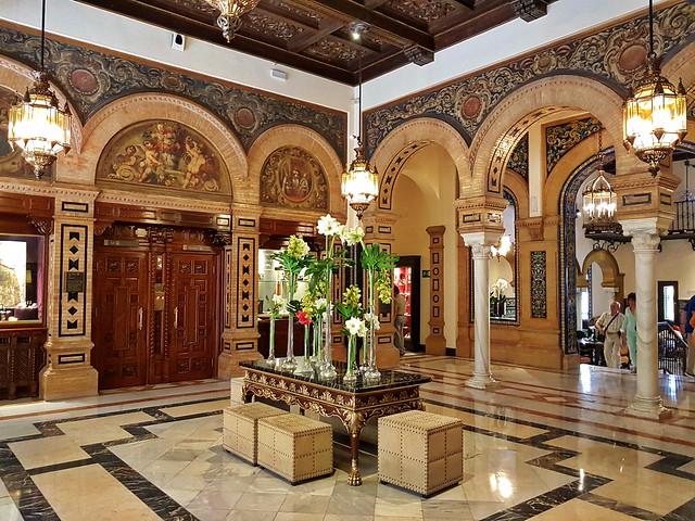 Sevilla Hotel Alfonso XIII, Lobby