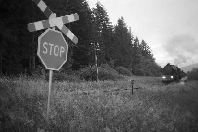 Przejazd kolejowy / Railway crossing