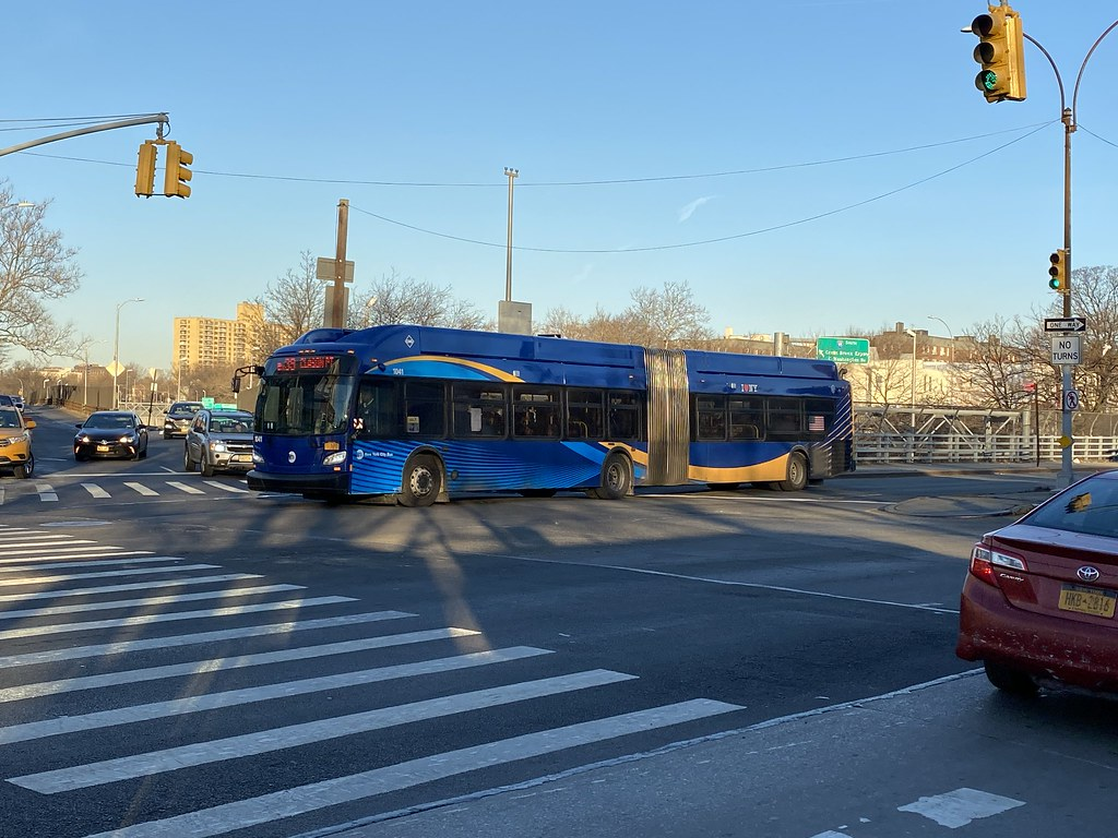 2018 New Flyer XN60 1041 - Bx39 To Clason Point