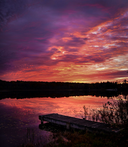 reichards lake sunrise west sand new york sky purple red pink orange color reflection reflect old dock water morning upstate ny nys clouds nikon d610 rwgrennan rgrennan ryan grennan