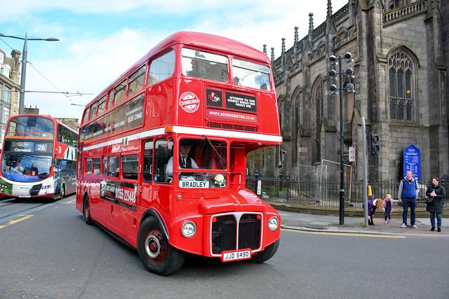 Tea Bus