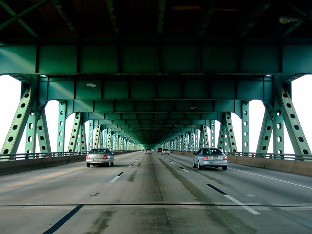 delaware expressway. philadelphia, pa. 2007.