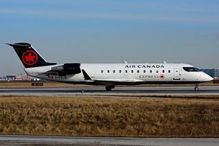 C-FDJA (Air Canada EXPRESS - JAZZ)